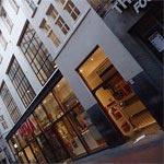Winkels aan de Nieuwendijk in Amsterdam
